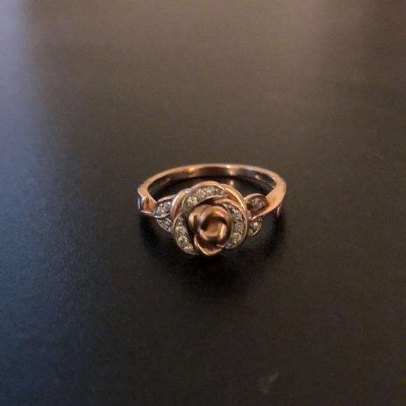 bfdd26e1a Disney Belle 1/10 CT Diamond Rose Ring. M_5bde005fa5d7c6b4648bf8e4